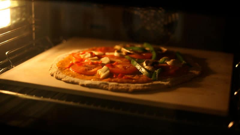 How-To-Use-Pizza-Stone-In-Oven