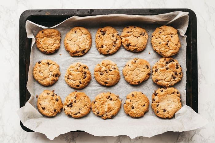 Use Freezer Bags to Store Cookies