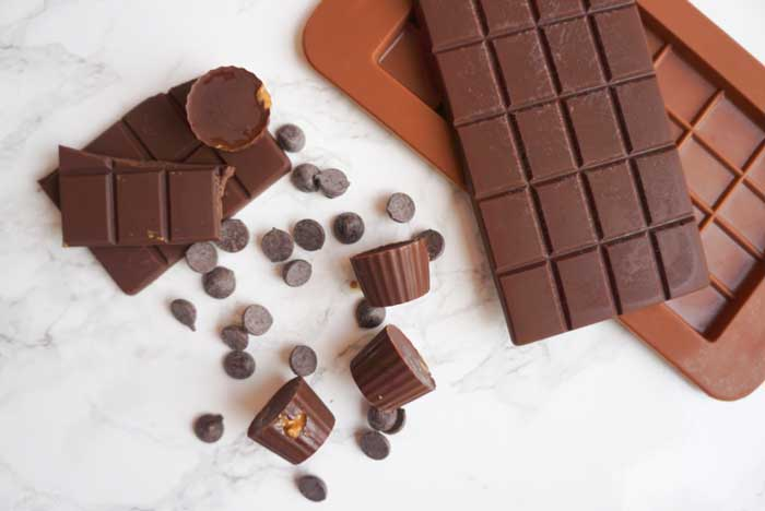 Remove Chocolates from Molds