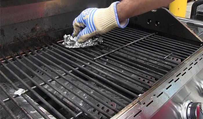 How to prevent rust on grill