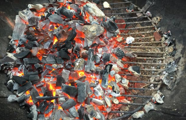Adjusting the charcoal grill temperature