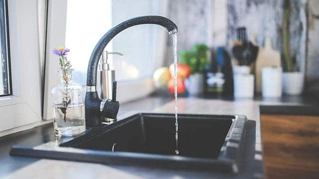 How to remove water spots on stainless steel sink